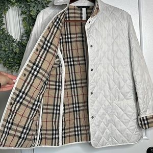EUC Burberry Taupe Diamond Quilted Jacket Tan Plaid M